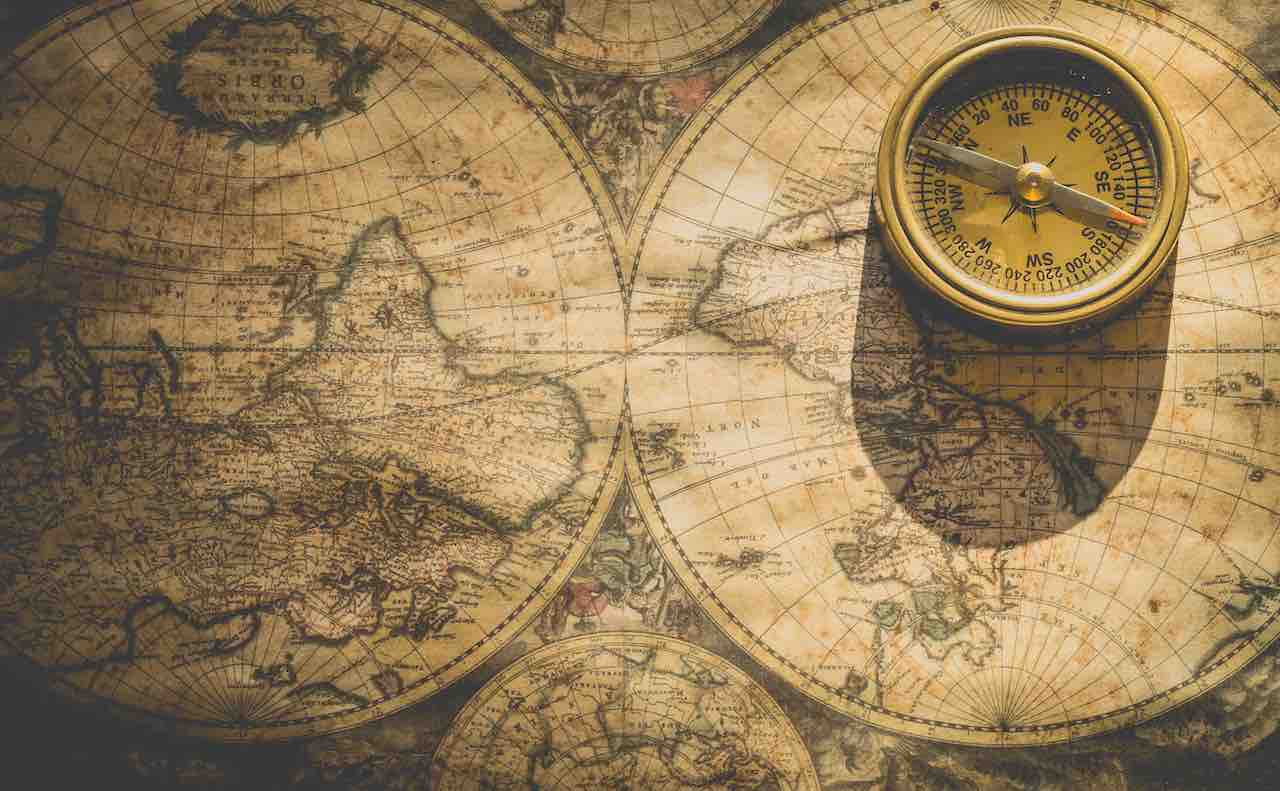 宝の地図とコンパス